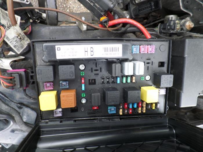 Schema Elettrico Opel Agila 2001 : Gebruikte opel astra h gtc l v zekeringkast