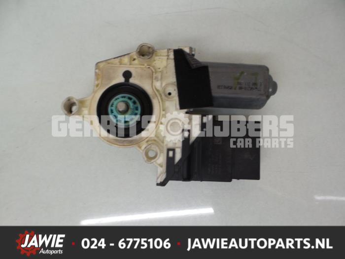 Raammotor Portier - fbf28b76-b96a-4d26-acf8-360748684802.jpg