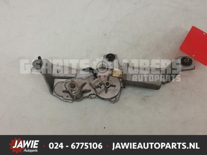 Ruitenwissermotor achter - 3d05d30d-ba67-4dc4-8665-fa51892bab16.jpg