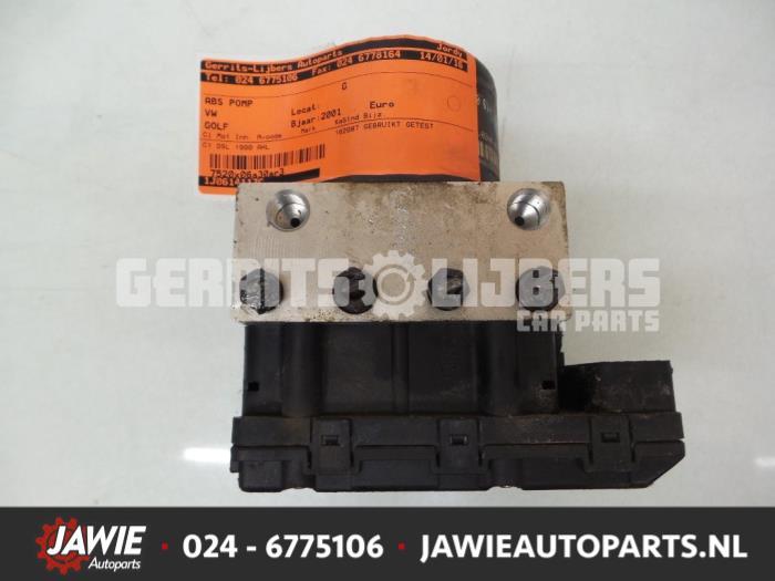 ABS Pomp - 8acb160f-e861-400f-9aab-faab2efd6c21.jpg