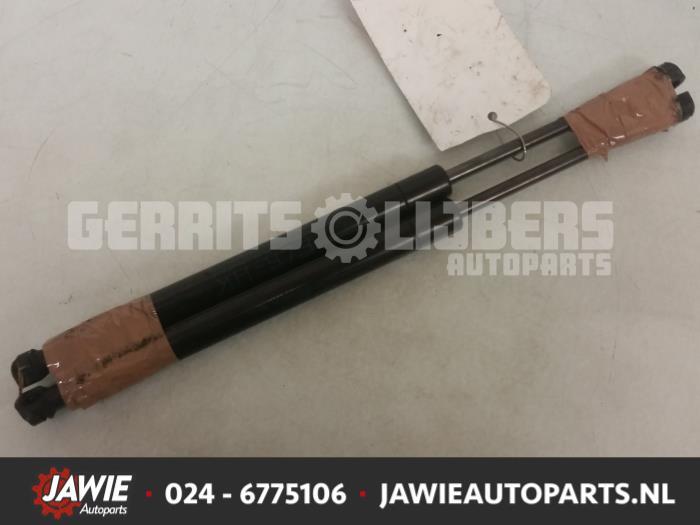Set Gasdempers Achterklep - 9a41e1ec-475d-459a-b66c-88d3088e3e15.jpg