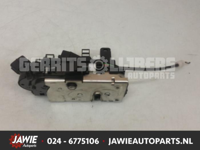 Deurslot Mechaniek 4Deurs links-voor - be6e3f11-80cc-49d1-908b-42f341f8a848.jpg