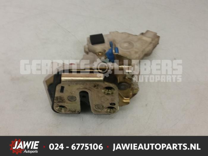 Deurslot Mechaniek 4Deurs rechts-achter - b104c6b9-221d-4adb-ba2a-e2c797620229.jpg