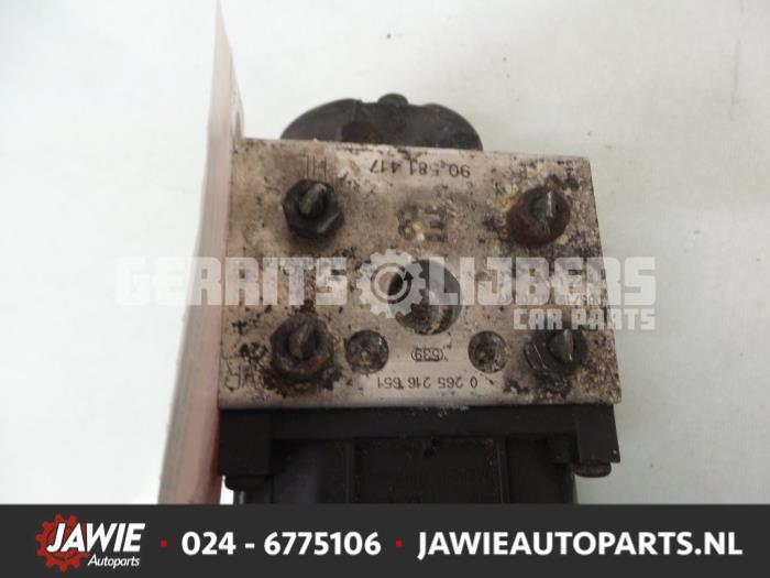 ABS Pomp - c8cef82c-e0a1-4791-8cde-8a1b1fcd3133.jpg