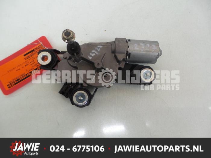 Ruitenwissermotor achter - e8d2a7fd-172d-4575-a105-08b00c8e3bff.jpg