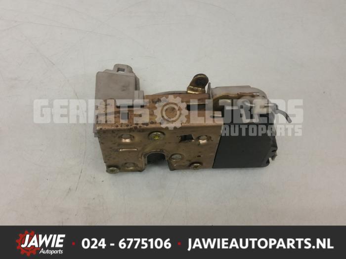 Deurslot Mechaniek 4Deurs links-voor - 47651b63-4ec2-441e-8c1b-7f3450c90930.jpg