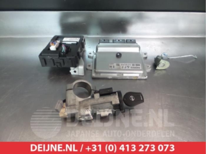 Nissan Juke (F15) 1.6 16V