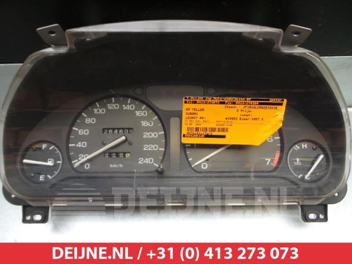 Subaru Legacy Wagon (BG) 2.0i LX 16V