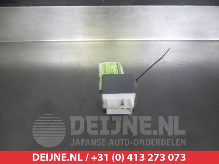 Sub amp aansluiten