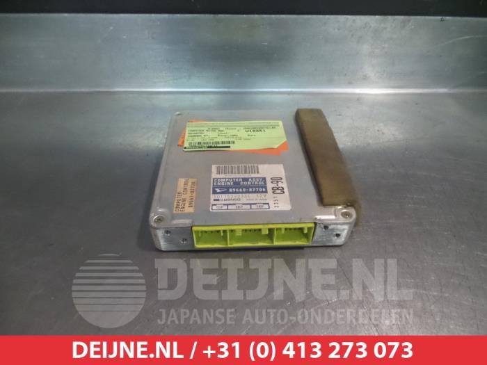 Daihatsu Charade (G100/101/102/112) 1.0i