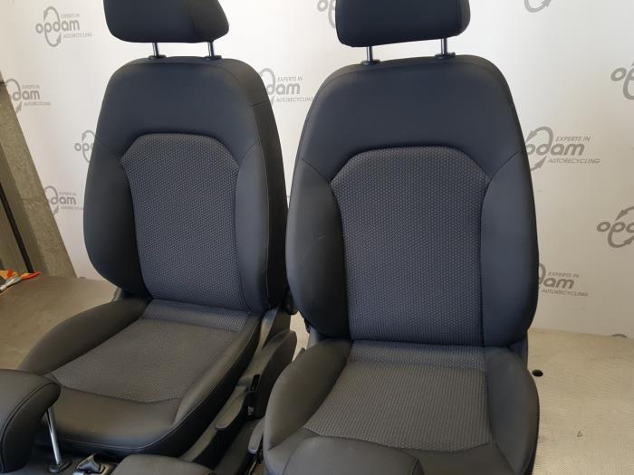Gebruikte audi a1 sportback 8xa xs 1 2 tfsi interieur for Audi interieur onderdelen