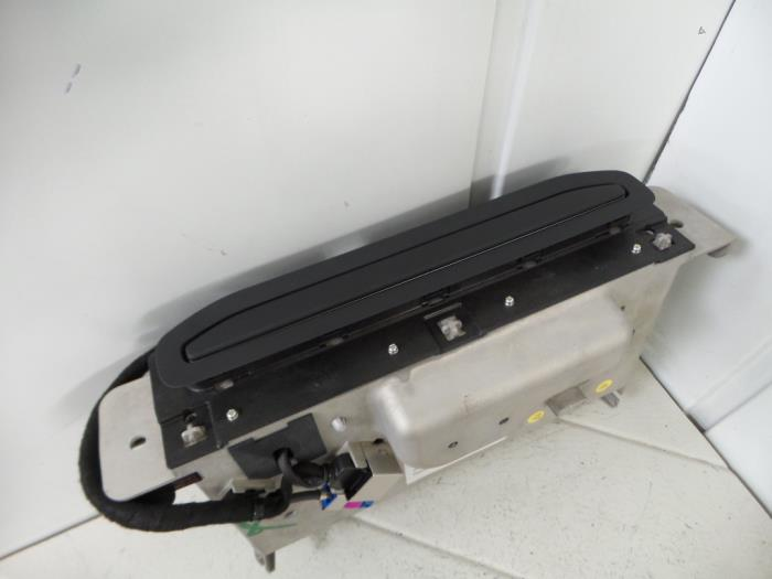 Gebruikte audi q7 display interieur 4m0857974a czaa for Audi interieur onderdelen