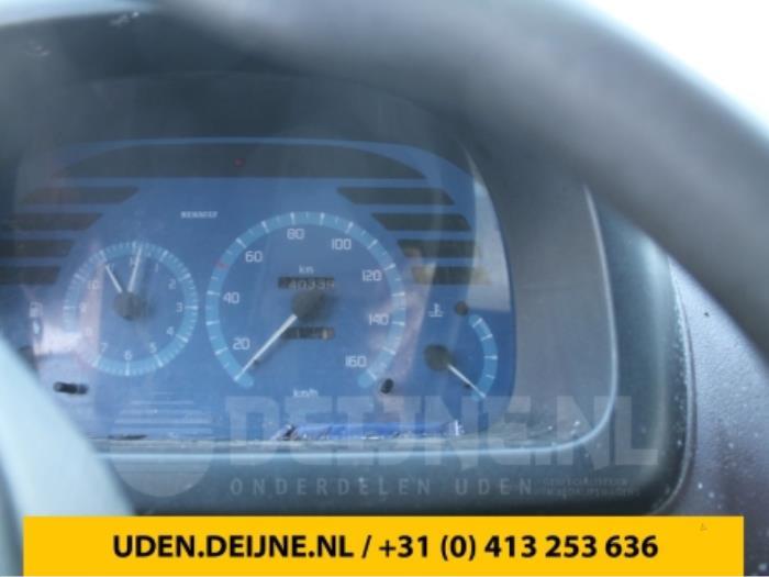 Kilometerteller KM - Renault Master