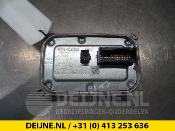 Gebruikte Mercedes Vito Computer Verlichting - A2189012501 - van ...