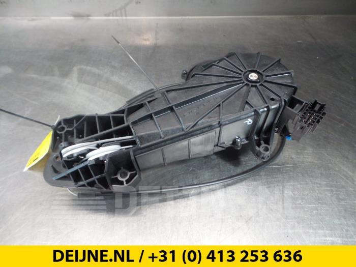 Schuifdeur motor rechts - Mercedes Vito
