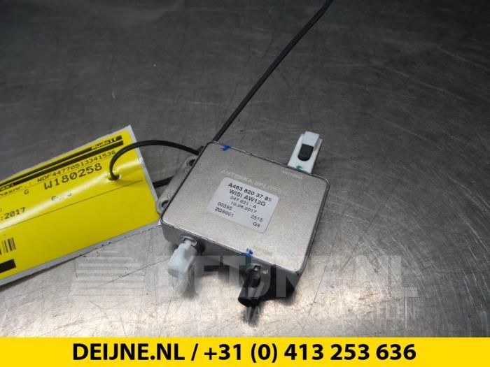 Antenne Versterker - Mercedes Vito