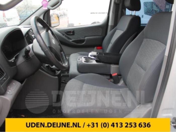 Stoel links - Hyundai H300