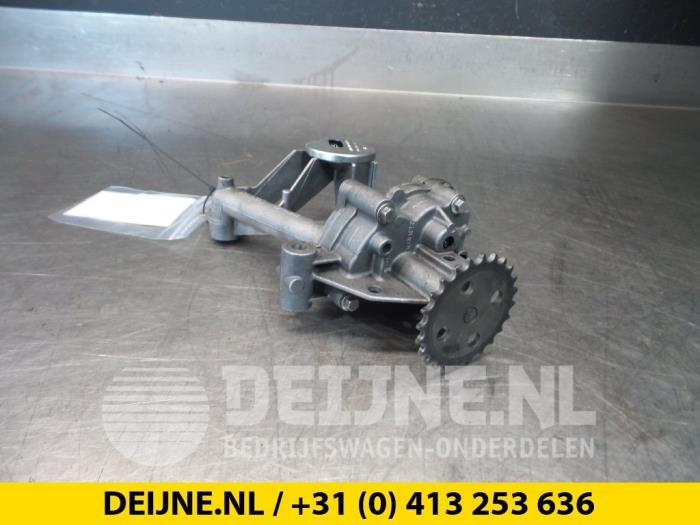 Oliepomp - Renault Trafic