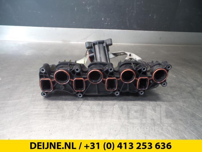 Inlaatspruitstuk - Volkswagen Transporter