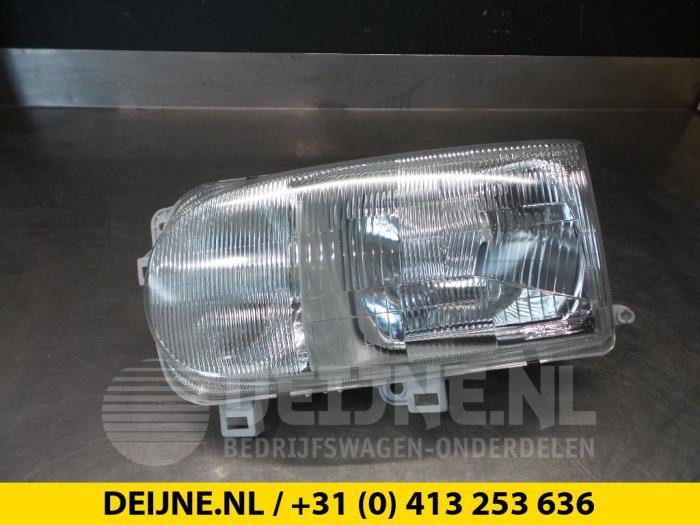 Koplamp links - Nissan Vanette