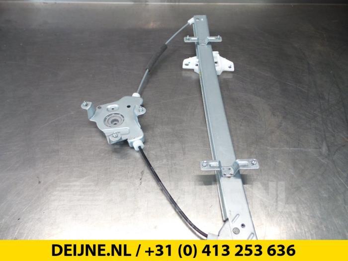 Ruitmechaniek 2Deurs links-voor - Hyundai H200