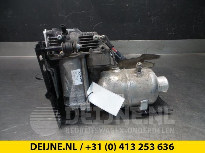 Compressor - Volvo V90