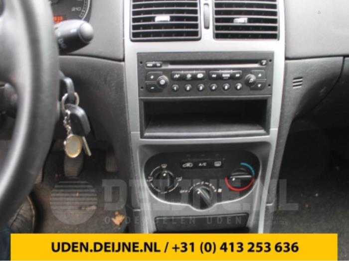 Radio - Peugeot 307
