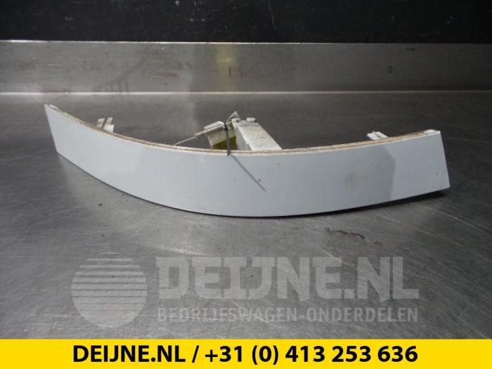 Koplamprand rechts - Opel Movano