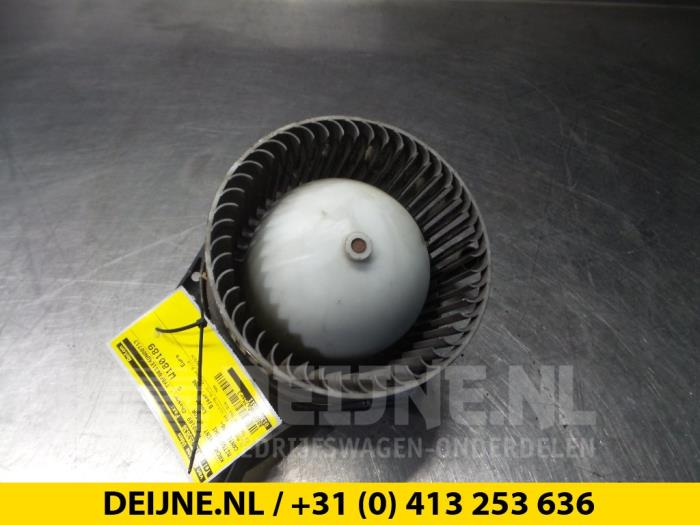 Kachel Ventilatiemotor - Mitsubishi Canter