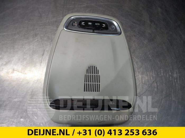 Binnenverlichting voor - Volvo V90