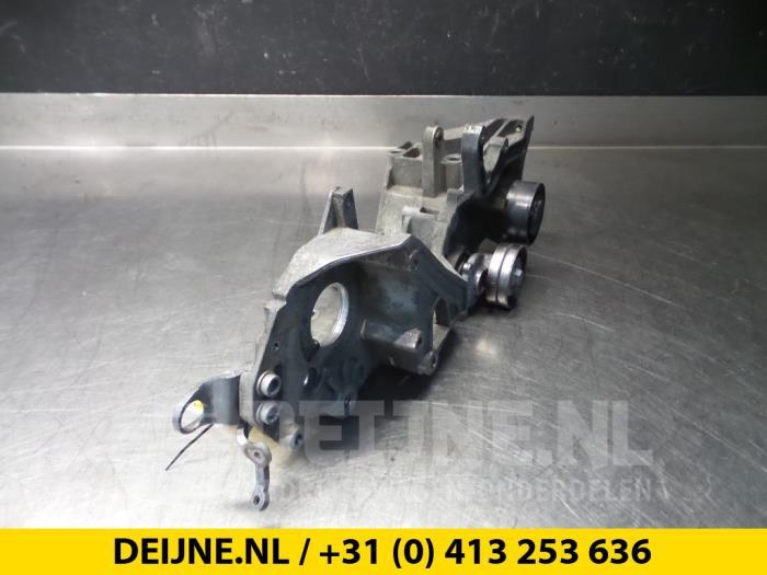 Steun dieselpomp - Volkswagen Crafter