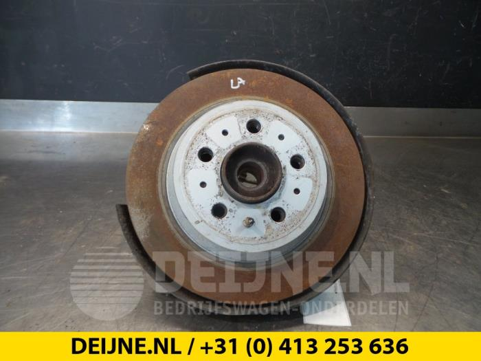 Fusee links-achter - Volvo XC70