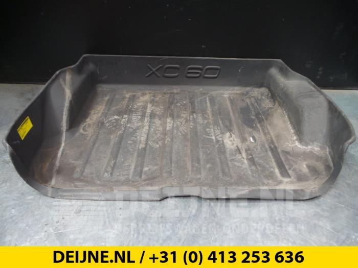 Vloerplaat bagageruimte - Volvo XC60