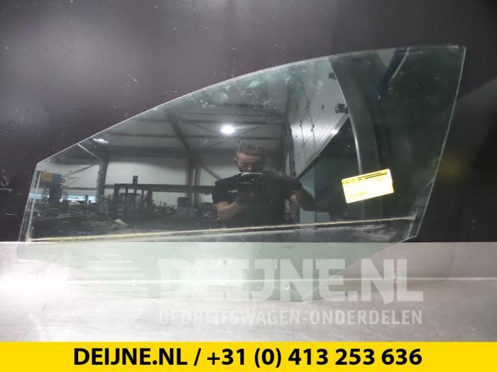 Portierruit 4Deurs links-voor - Volvo V40