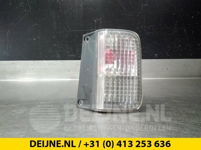 Achteruitrijlicht rechts - Renault Trafic