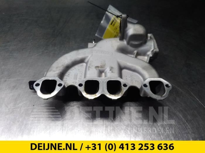 Inlaatspruitstuk - Audi A4