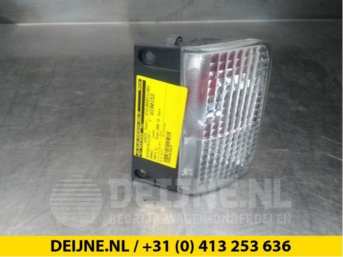 Achteruitrijlicht links - Renault Trafic