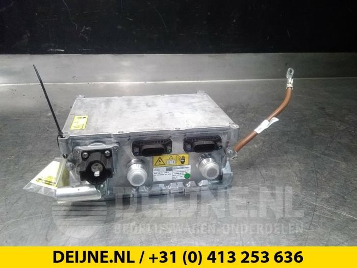 Acculader - Mercedes C-Klasse