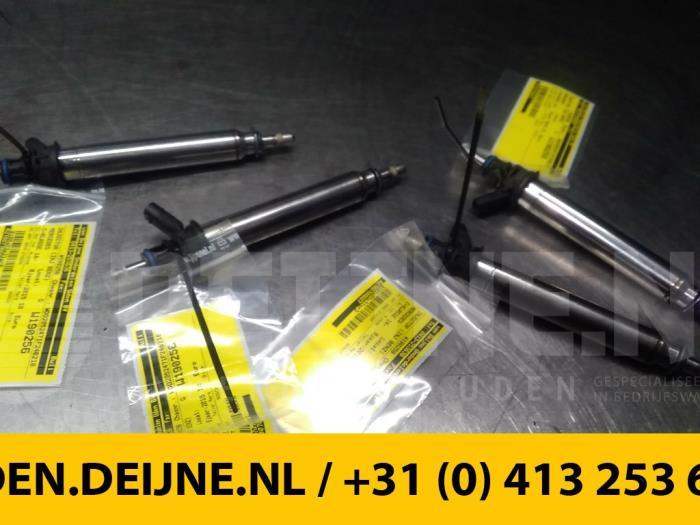 Injector (benzine injectie) - Mercedes C-Klasse