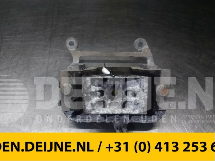 Versnellingsbak Steun - Renault Master