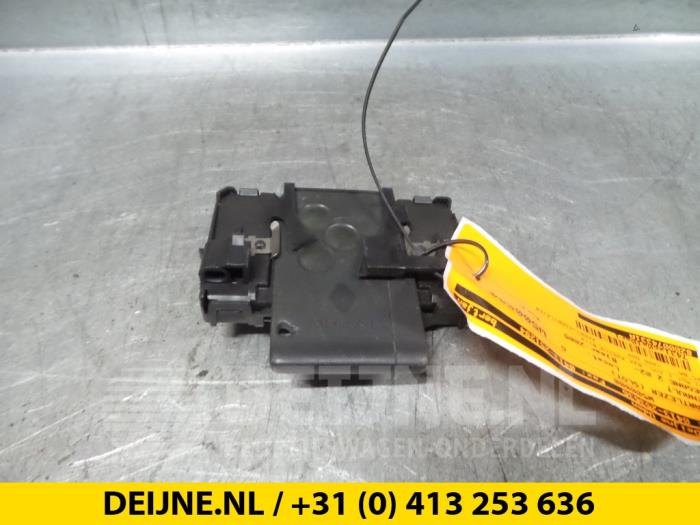 Kaartlezer (slot) - Renault Megane
