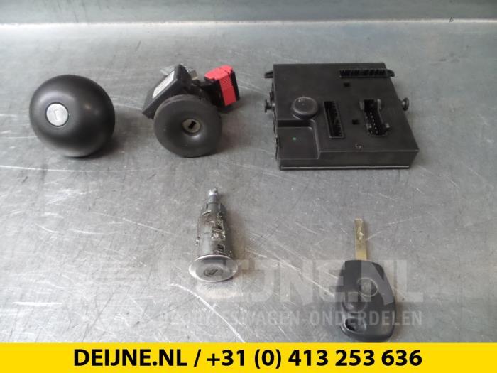 Slotenset Cilinder (compleet) - Renault Twingo