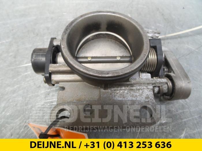 Gasklephuis - Renault Clio