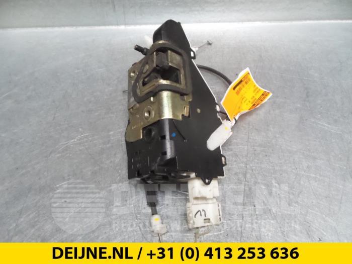 Deurslot Mechaniek 4Deurs links-voor - Peugeot 407
