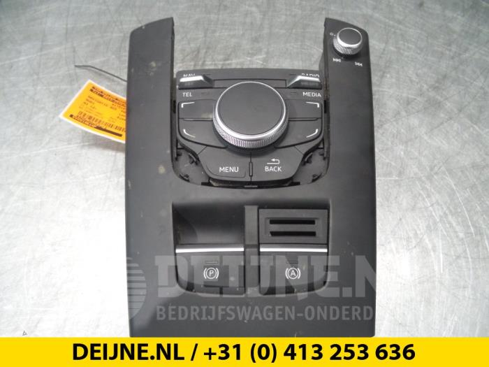 Navigatie bedienings paneel - Audi A3