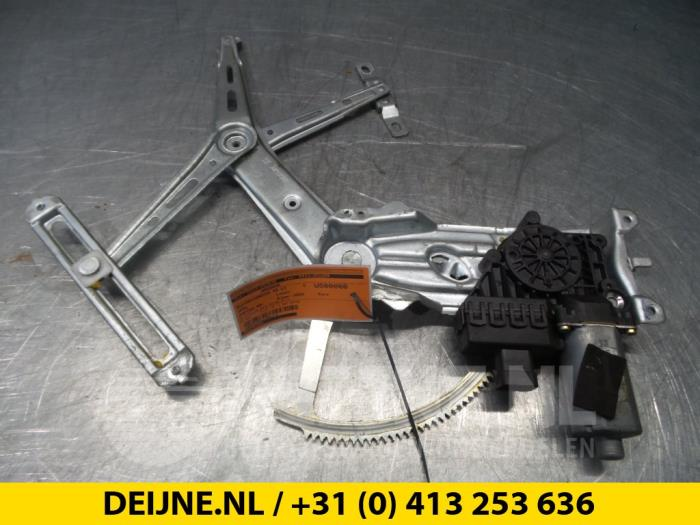 Ruitmechaniek 4Deurs links-voor - Opel Zafira