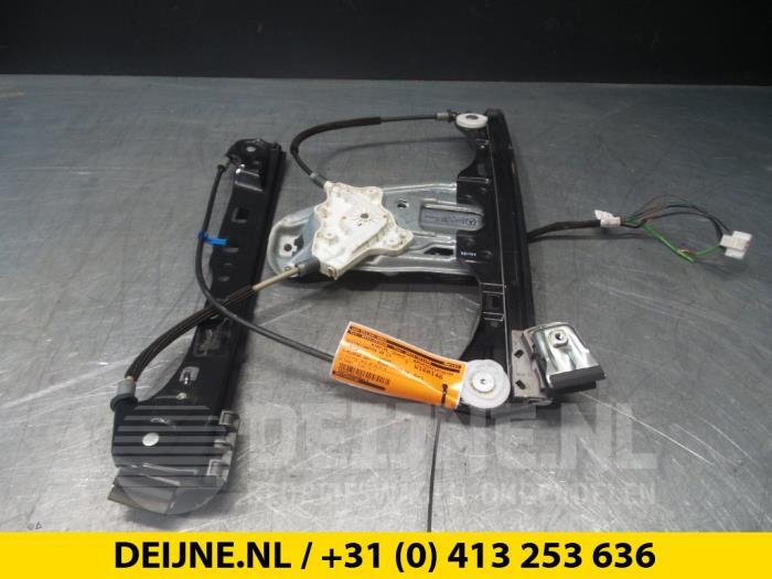 Ruitmechaniek 4Deurs links-voor - Mercedes C-Klasse