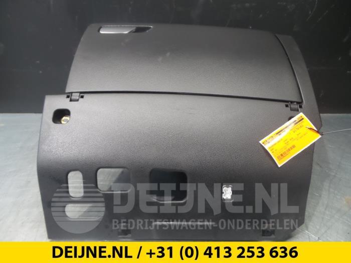 Dashboardkastje - Audi A3