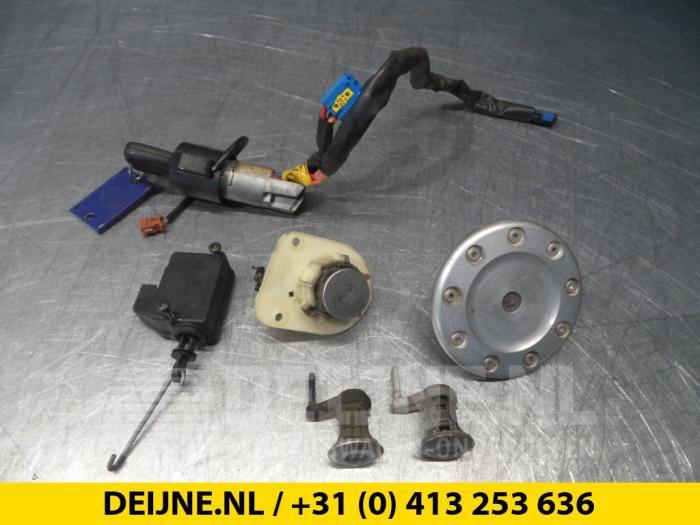 Slotenset Cilinder (compleet) - Peugeot 206