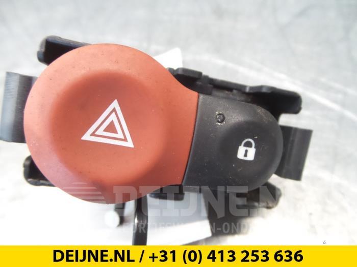 Paniekverlichtings Schakelaar - Renault Clio